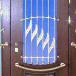 Сколько стоит железная входная дверь