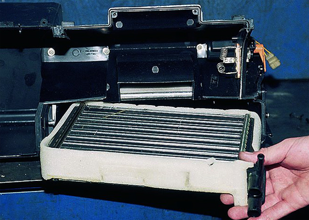 Радиатор на печку ваз 2112