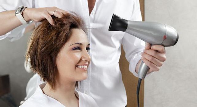 Укладка в парикмахерской