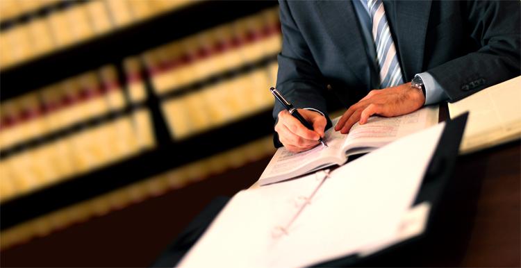адвокат по уголовным делам государственный сомнения