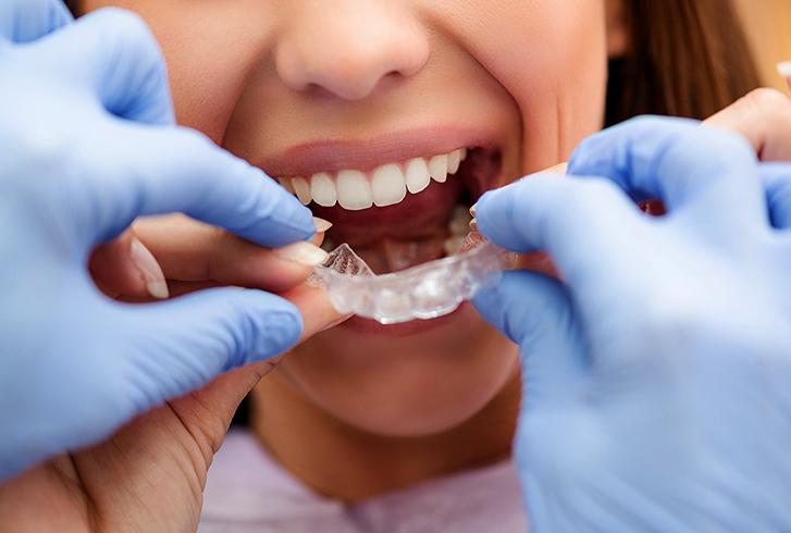 Ортодонт работает
