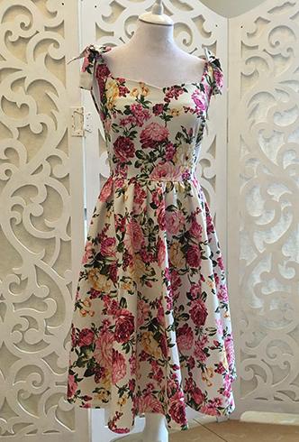 Красочное платье