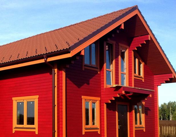 Окрашивание деревянного дома