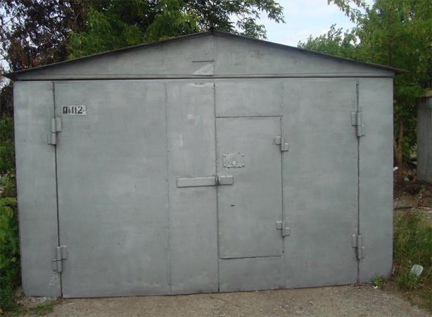 Участок и гараж