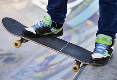 Недорогой скейтборд