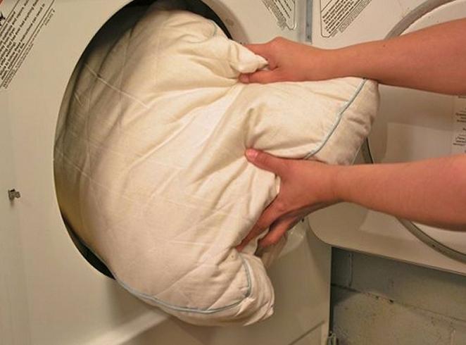 Стирка подушки