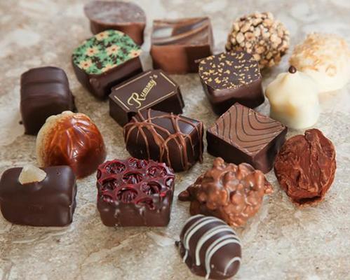 Разные шоколадные конфеты