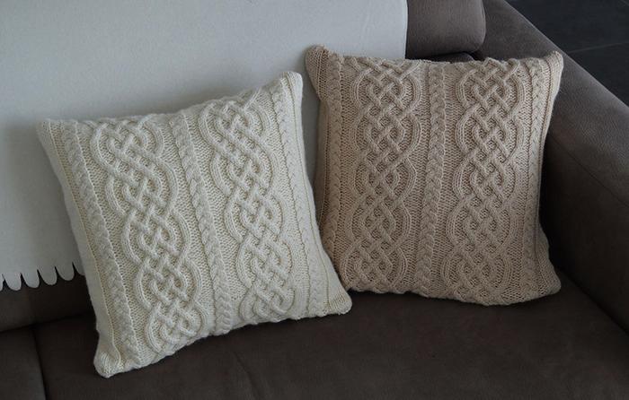 Красивая подушка ручной работы