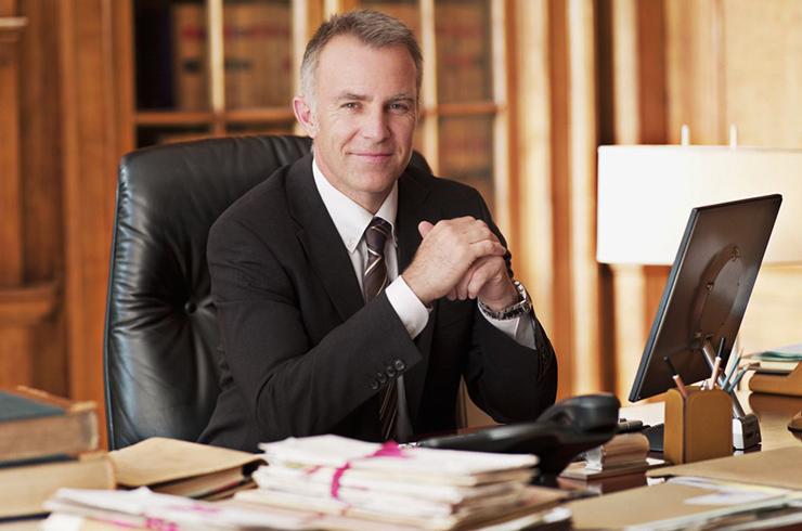 Мужчина юрист