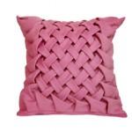 Сколько стоит подушка ручной работы и от чего зависит цена