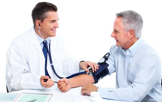 Терапевт с пациентом