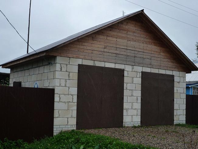 Новый гараж из пеноблоков