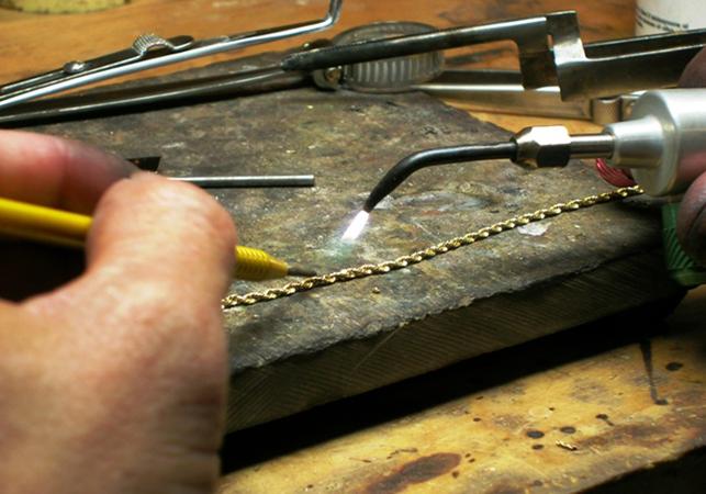 Как выглядит ремонт цепочки