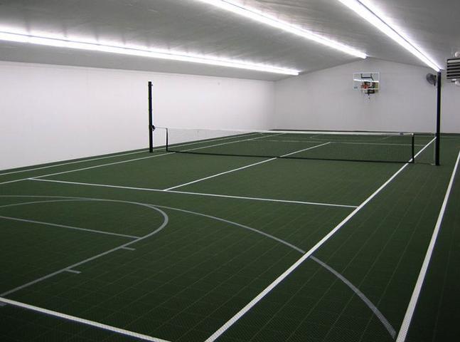 Крытый теннисный корт