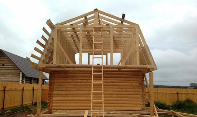 Ломанная двускатная крыша