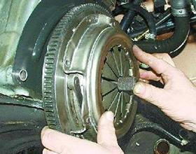 Сколько в среднем стоит замена сцепления на ВАЗ-2107