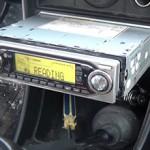 Сколько стоит установить магнитолу в машину и от чего зависит цена?