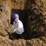Сколько стоит выкопать могилу — примерные цены