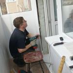 Сколько стоит ремонт балкона и от чего зависит цена?