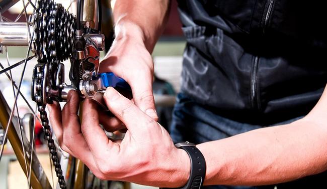 Во время ремонта велосипеда