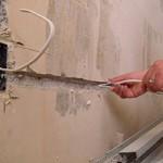 Сколько стоит заменить проводку в квартире и от чего зависит цена?