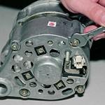 Сколько стоит генератор на ВАЗ 2106 — средние цены