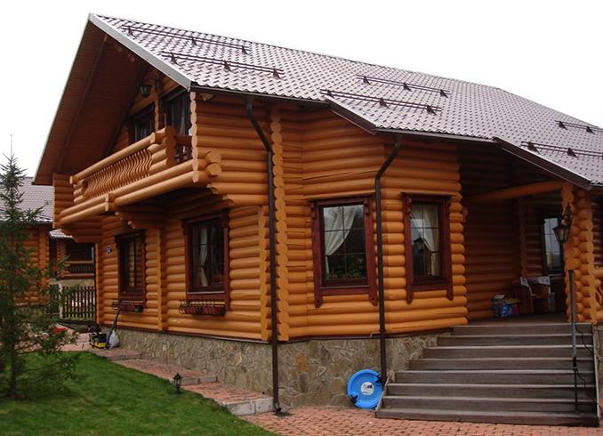 Готовый дом из оцилиндрованного бревна