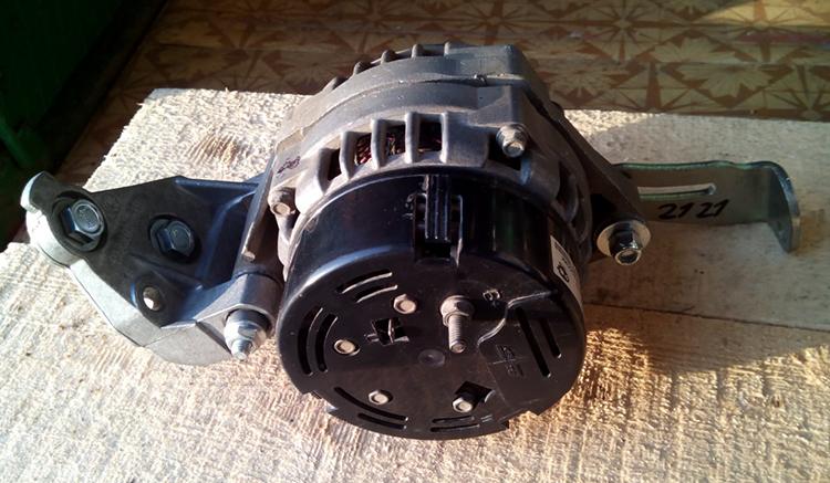 Вид нового генератора на ВАЗ 2112