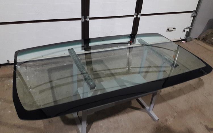 Новое лобовое стекло на Газель