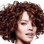 Сколько в среднем стоит сделать химическую завивку волос?