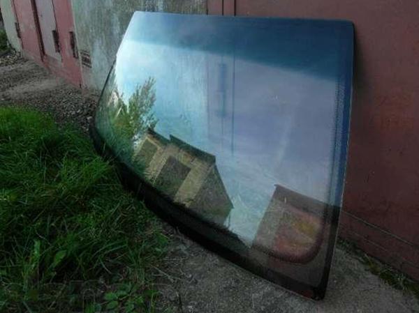 Лобовое стекло перед установкой