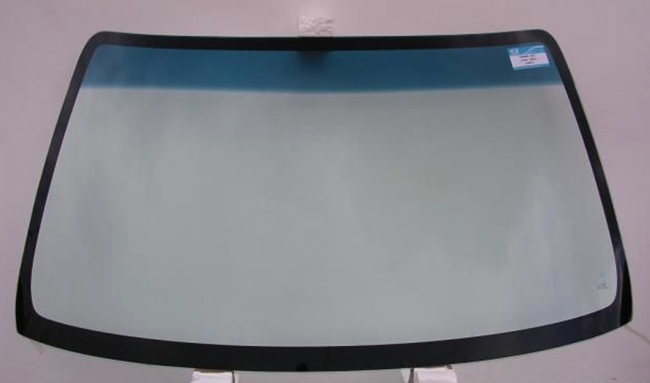 Лобовое стекло на Газель перед установкой