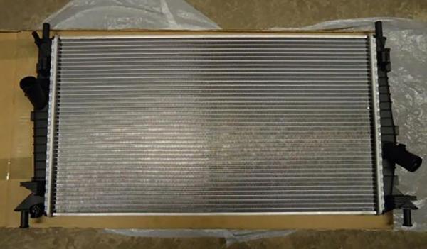 Новый радиатор на Форд Фокус