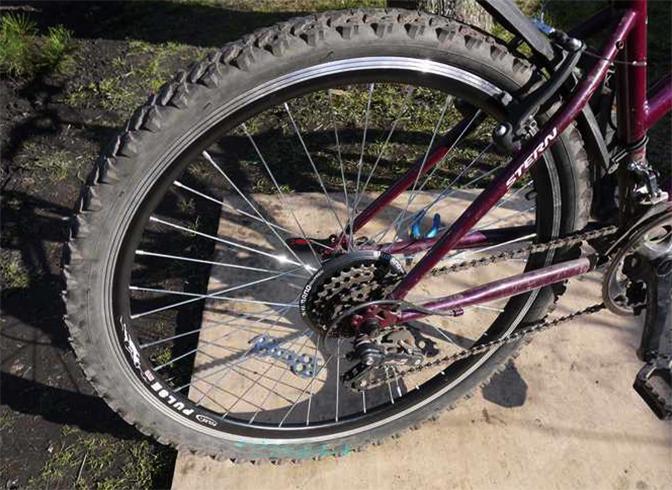 Заднее колесо на велосипеде