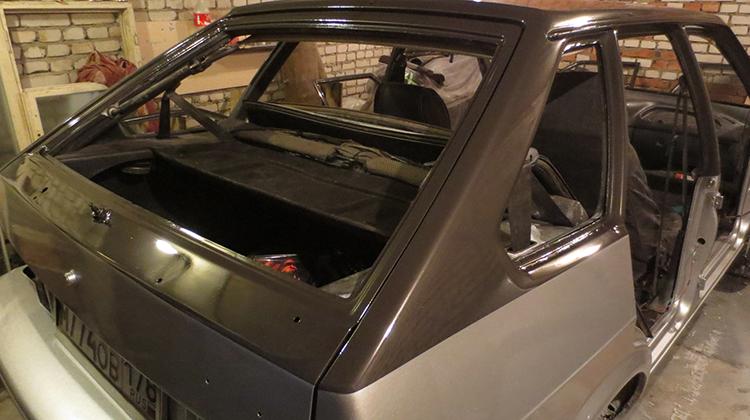 Кузов на 2114 в гараже