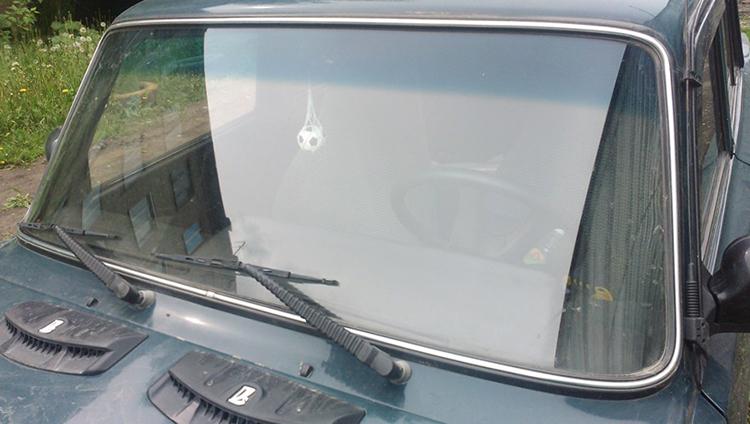 Замененное стекло на ВАЗ 2107