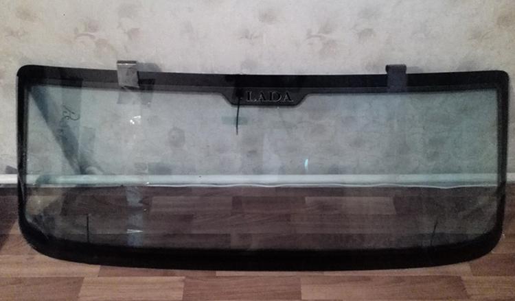 Новое лобовое стекло на ВАЗ-2107