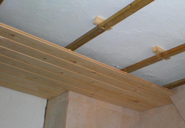 Работа над потолком