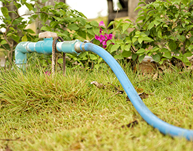 Сколько в среднем стоит провести воду в частный дом?