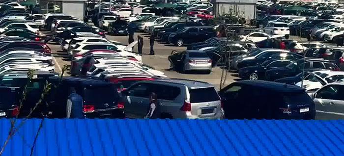 Авто на продажу