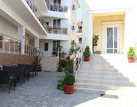 Сколько в среднем стоит снять жилье в Крыму