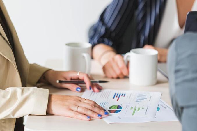 Эксперт с бизнес-планом