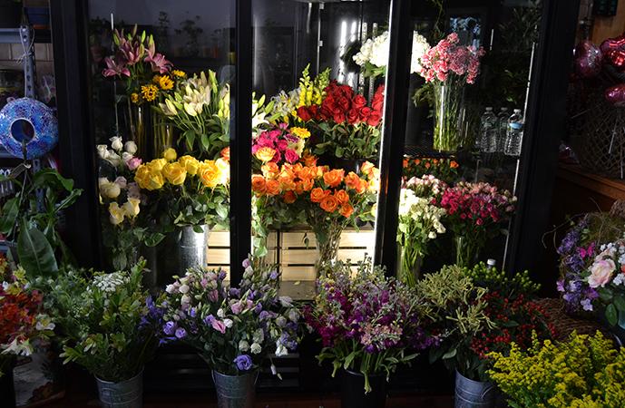 Ларек с цветами