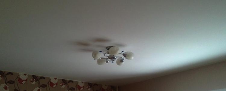Натянутый матовый потолок