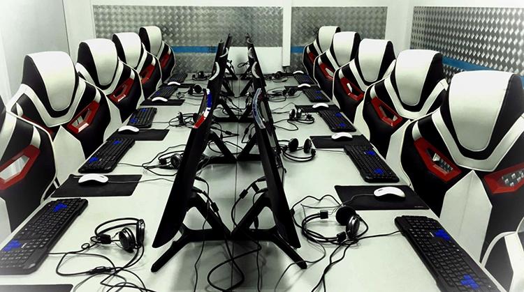 Современный компьютерный клуб