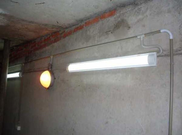 Свет в гараже