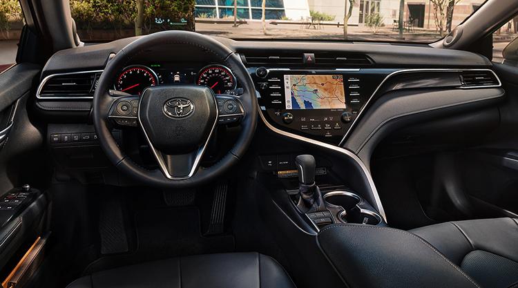 Салон Toyota Camry