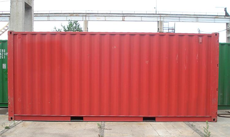 Красный морской контейнер