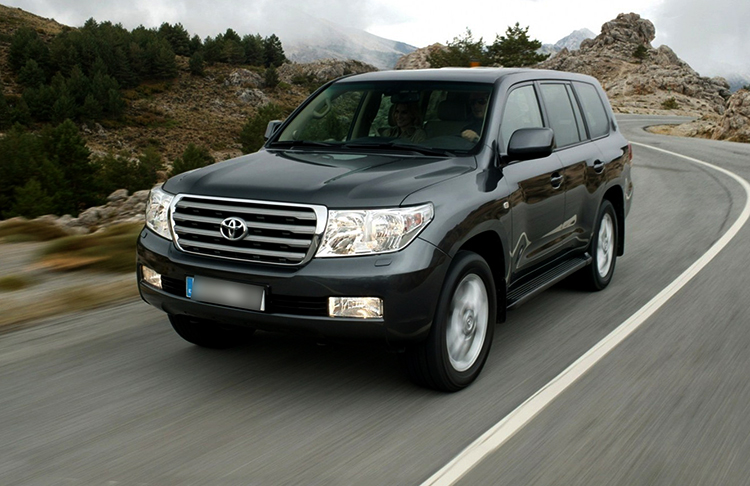 Toyota Land Cruiser 200 летом