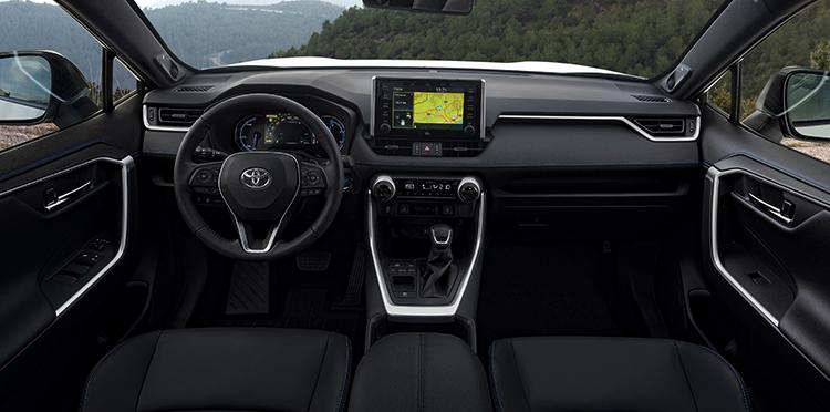 Салон Toyota RAV4